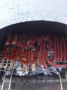 Steaks und Grillwürste